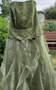 Jessica McClintock long gown